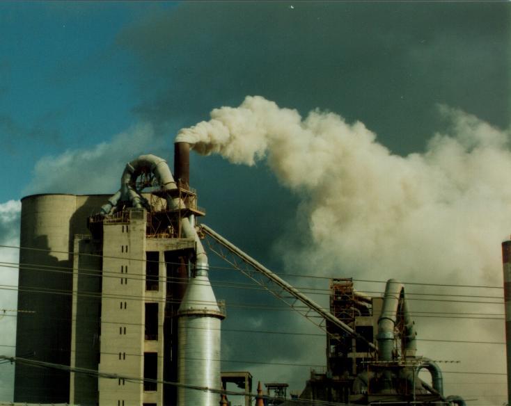 Descoberto gás 7 mil vezes mais potente que CO2 no aquecimento global