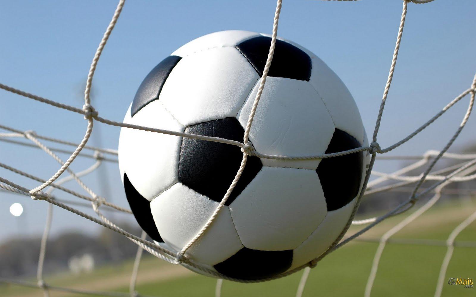 Futebol, dutebol americano e rugby tiveram origem no mesmo esporte