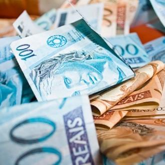 Eletrobras registra lucro de R$ 986 milhões no primeiro tri