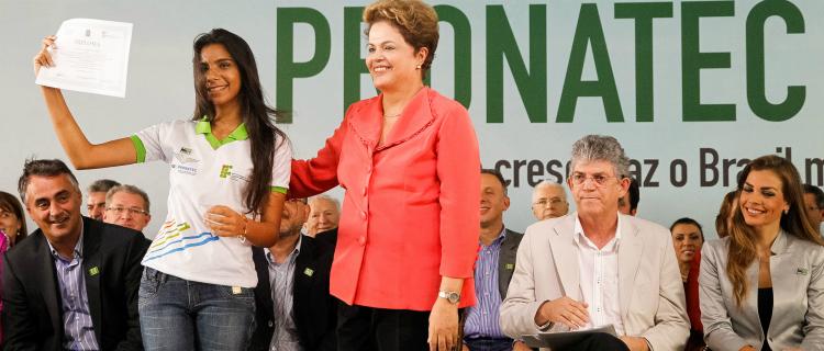 Dilma participou da formatura de alunos do Pronatec na Paraíba