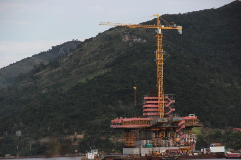 INFRAESTRUTURA – Mastros ganham forma na Ponte de Laguna