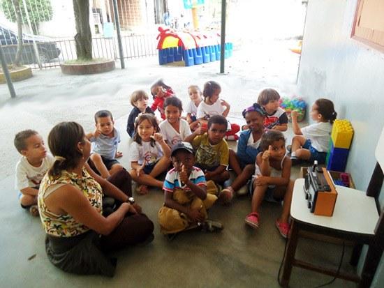 EDUCAÇÃO – Projeto de emissora de rádio enriquece aprendizagem escolar