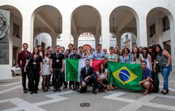 EDUCAÇÃO – Dilma Rousseff lança segunda etapa do Ciência sem Fronteiras
