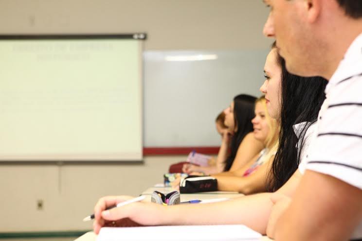 Unesc oferece curso preparatório para o ENEM gratuito