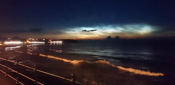 Nuvens raras que brilham no escuro são vistas na Inglaterra