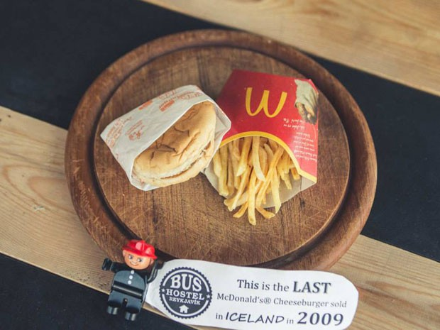 Sanduíche do último McDonald's da Islândia vira atração turística