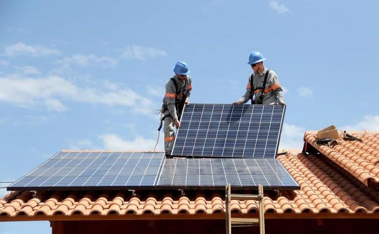 Testes com microgeração de energia solar comprovam eficiência