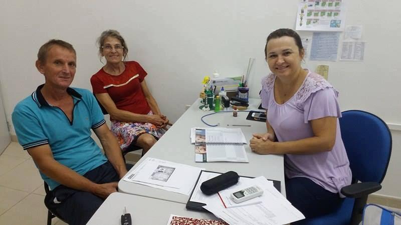 Vereadores tratam do transporte escolar com Secretária de Educação