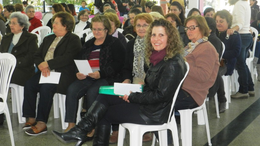 Agentes de saúde de Morro da Fumaça promovem evento para elas, as mulheres.