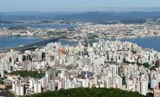Santa Catarina deve receber quase 9 milhões de turistas neste verão