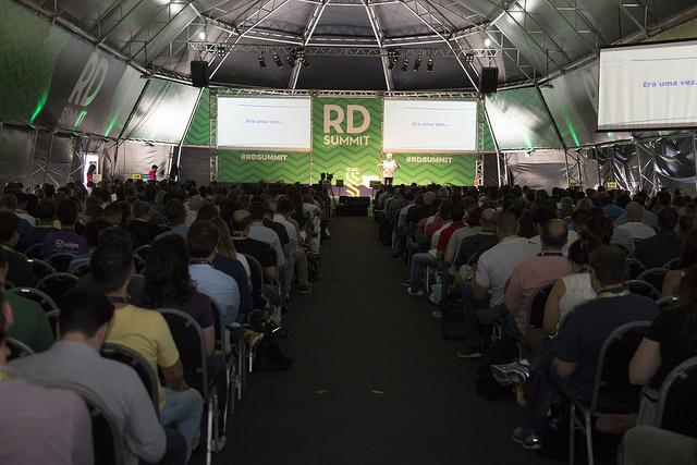 DIVULGAÇÃO: Cobertura parcial do primeiro dia do RD Summit 2017