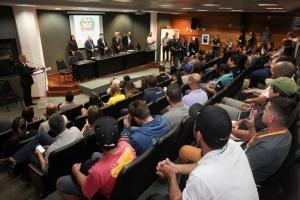 Trabalhadores da JBS de Morro Grande querem audiência com PGR para garantir empregos