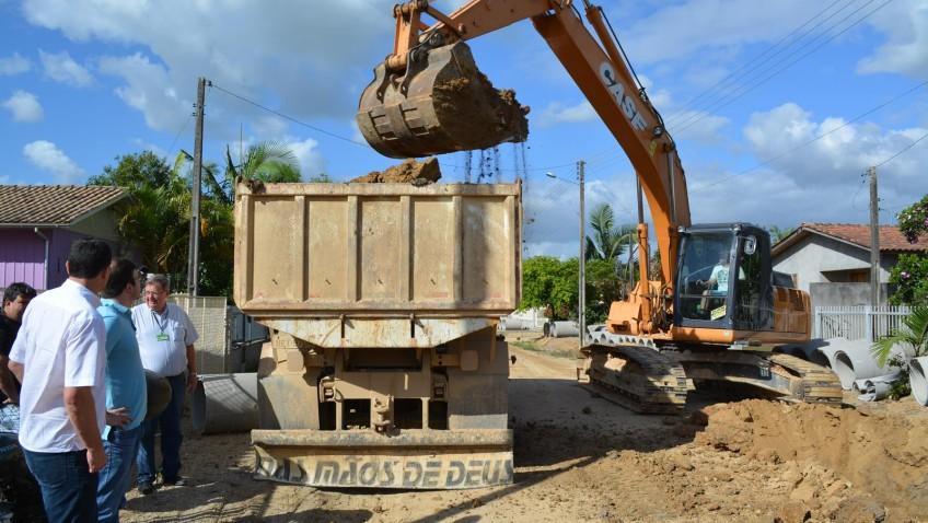 ?Prefeitura encerra o ano com obras nos bairros de Morro da Fumaça