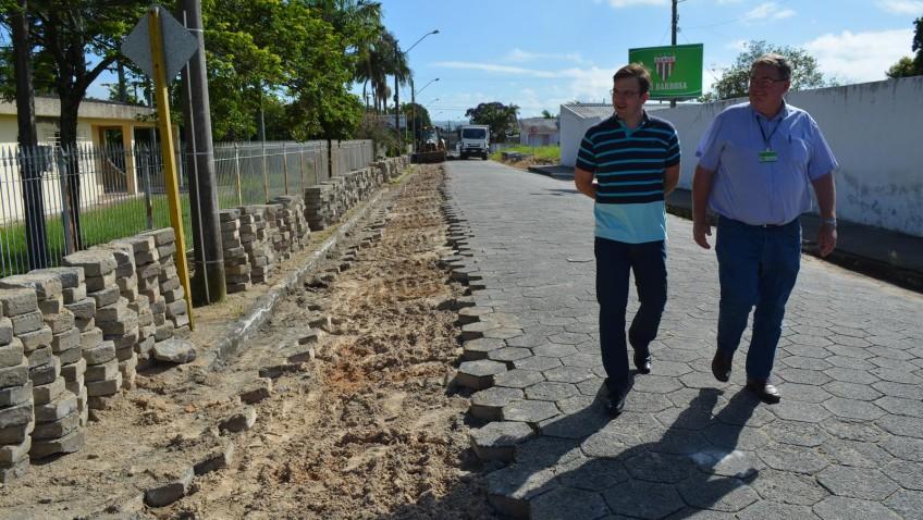 Prefeitura recupera drenagem no Monte Verde em Morro da Fumaça