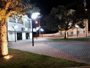 Praça Fernando Zanatta recebe iluminação (1)