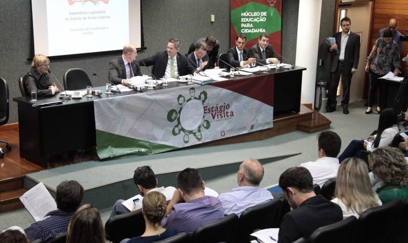 PL que institui repasse de duodécimo para a Saúde está pronto para plenário