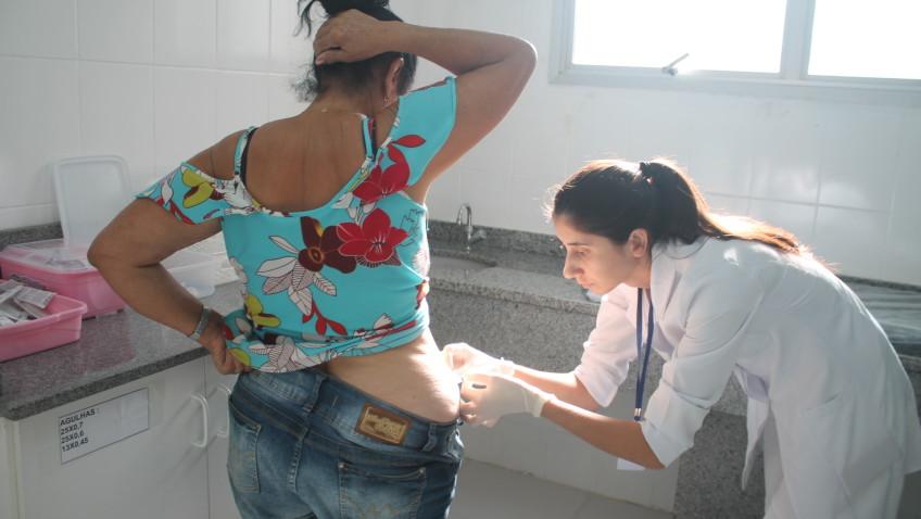 Campanha de vacinação começa com grande procura