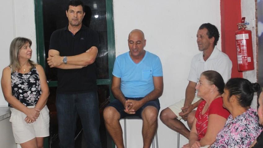 Prefeito Noi Coral participa da reunião da comissão de moradores no Bairro Naspolini e ouve reivindicações dos moradores locais