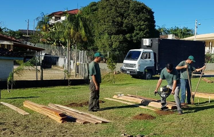 Fumaf inicia a implantação de hortas comunitárias