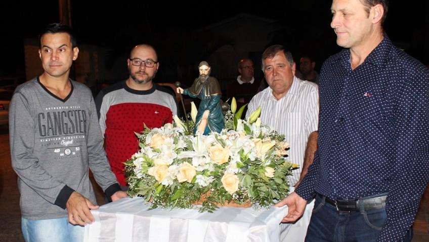 Bairro Naspolini recebe a imagem de São Roque em comemoração aos 60 anos da paróquia em Morro da Fumaça