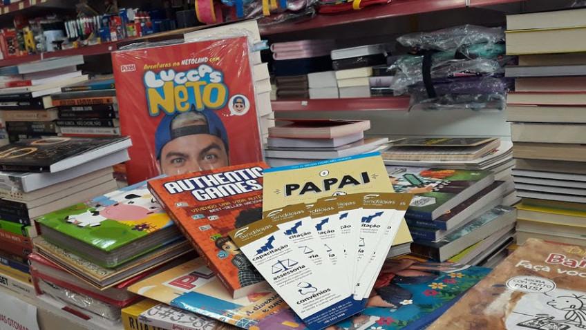 Comércio de Içara realiza semana de descontos especiais em livros