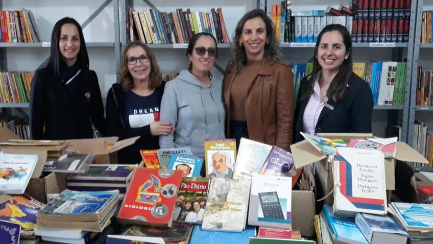 Escola São Rafael recebe 1,4 mil livros em campanha solidária da Acii