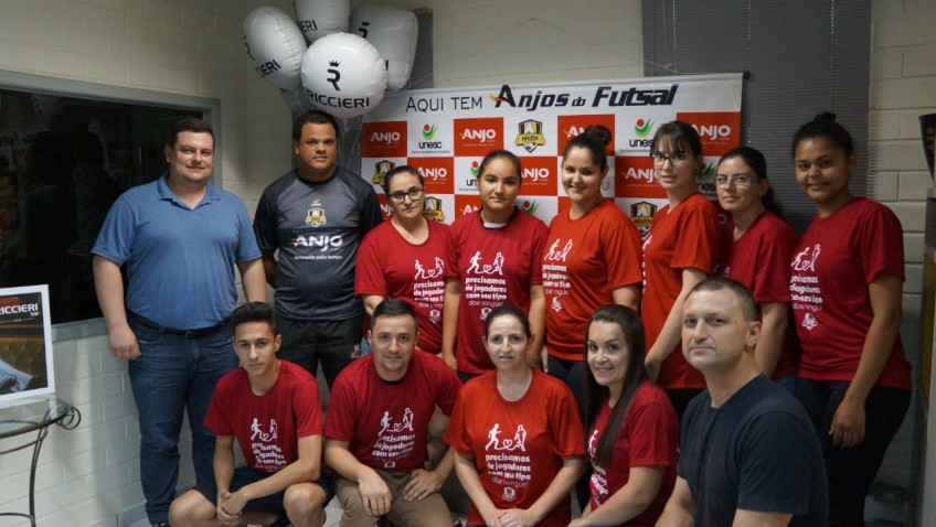 Projeto Anjos do Futsal incentiva doação de sangue