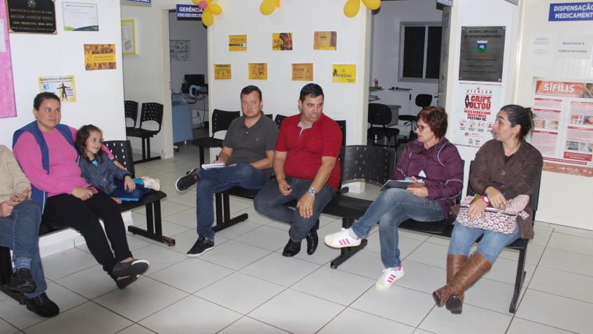 Conselho local de saúde Bairro Naspolini discute ações com secretário Robson Franciscone