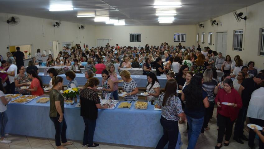 Clubes de Mães promovem confraternização