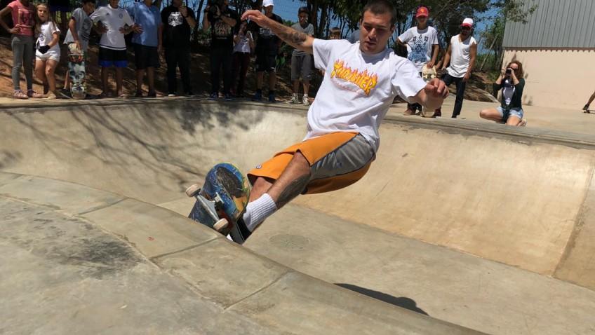 Campeões do skate participam da inauguração da primeira pista de skate do Monte Cristo