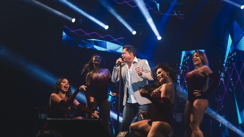 Cantor Leonardo abre a temporada de verão em Balneário Rincão