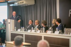 Ex-deputado Joares Ponticelli assume a presidência da Fecam