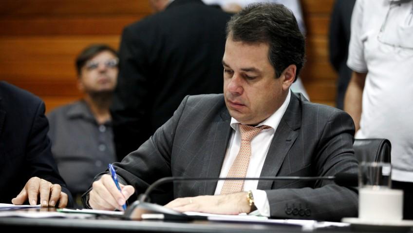 Deputado Rodrigo Minotto lamenta veto a PL que dá publicidade a agenda do Executivo