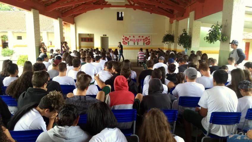 Preservação da água: alerta é levado para alunos de Nova Veneza