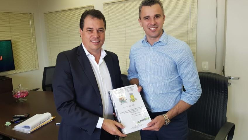 Deputado Minotto entrega projeto de pavimentação da Rodovia Jacob Westrup