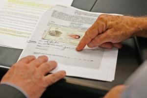 Testemunha não reconhece assinatura em contrato da Ponte Hercílio Luz