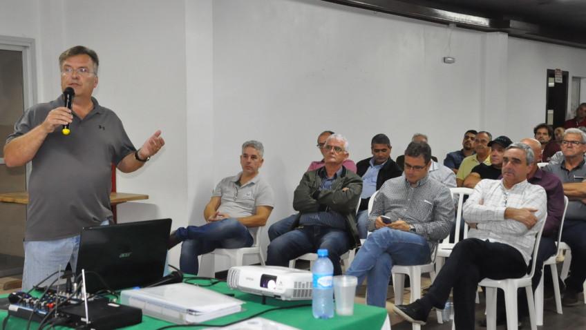 Projeto de desassoreamento da Lagoa da Urussanga Velha é apresentado para Administração Municipal