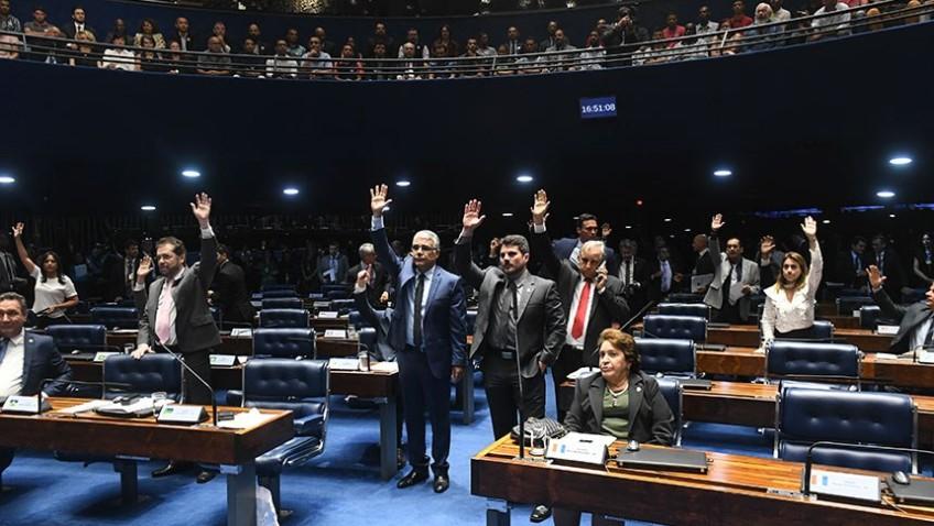 Senado aprova projeto que altera política nacional sobre drogas