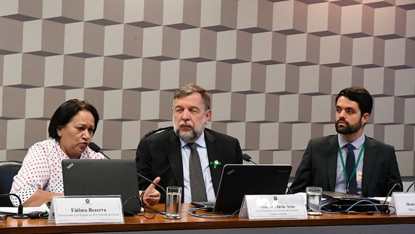 CE: debatedores defendem manutenção do Fundeb