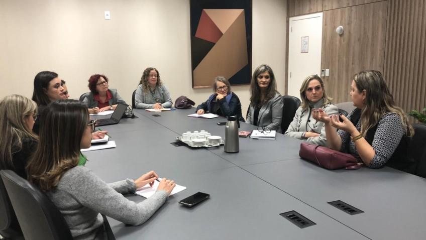 Içara busca apoio em rede de enfrentamento à violência contra as mulheres