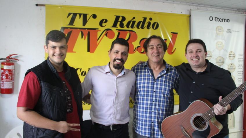 TVRSUL, HÁ 9 ANOS NO AR! Programa transmitido no dia 25 de maio de 2019. Entrevista com Ana Paula, com música do cantor Realdinho Bortolin