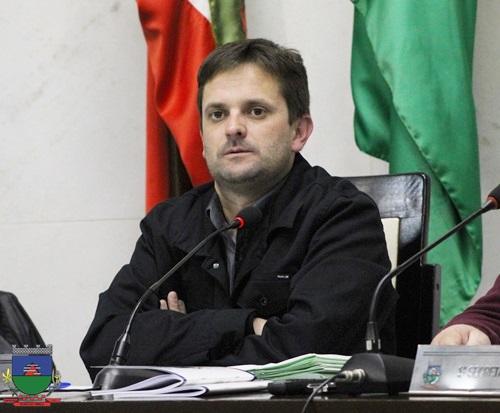 É o Poder Legislativo contribuindo diretamente para o bem do povo de Morro da Fumaça. Noticias da Câmara  do dia 13 de agosto de 2019
