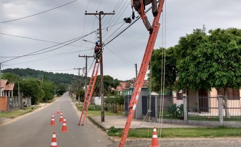 Criciúma: Bairros Quarta Linha e HG com fibra da Contato
