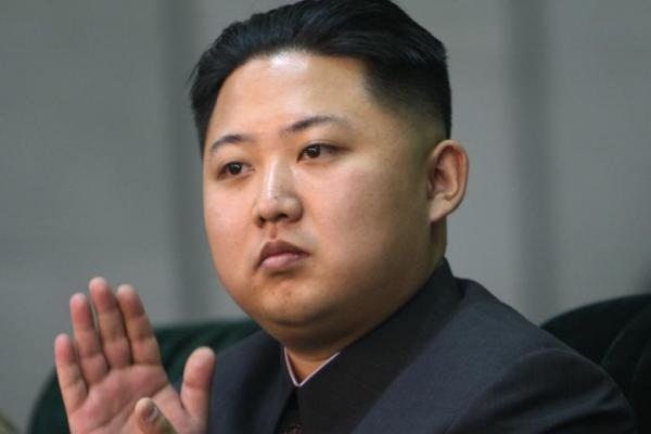 Estado de saúde de Kim Jong-Un é grave após cirurgia cardiovascular, dizem EUA