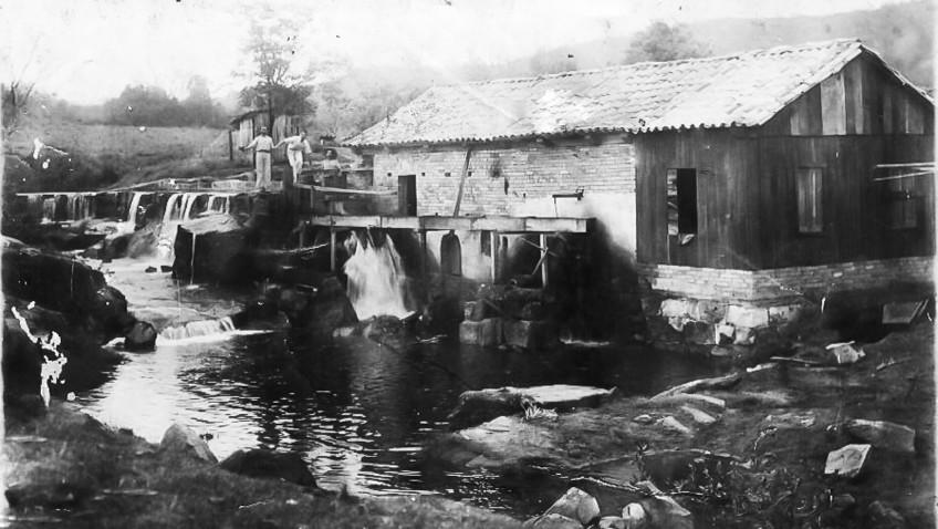 Memória é resgatada por meio de fotografias na bacia do rio Urussanga