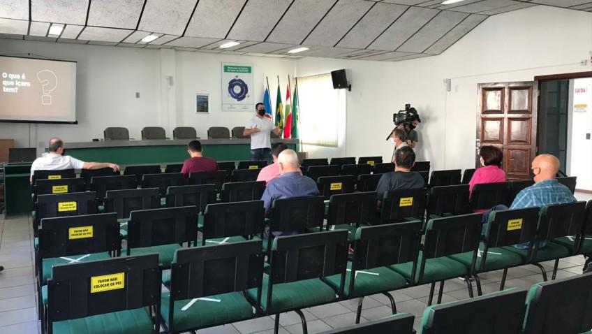 Lideranças se reúnem para discutir a instalação do Mercado Livre em Içara