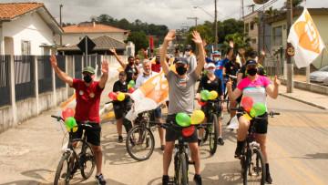 Com passeio ciclístico, Dr. Juninho lança proposta de mobilidade urbana