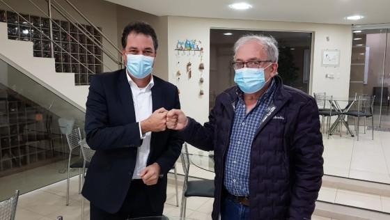 Minotto filia ex-deputado Coruja no PDT para ser candidato a Governador